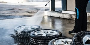 Getting Your Tasks Done With the Right Pressure Washers